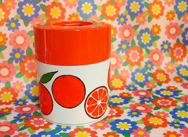 レトロポップなお茶缶・キャニスター