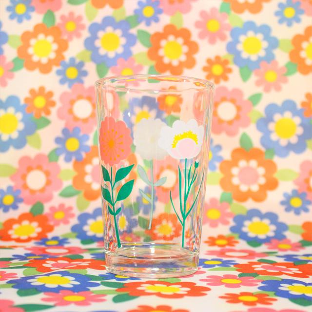 Flying Tiger(フライング・タイガー) ガラスのコップ お花