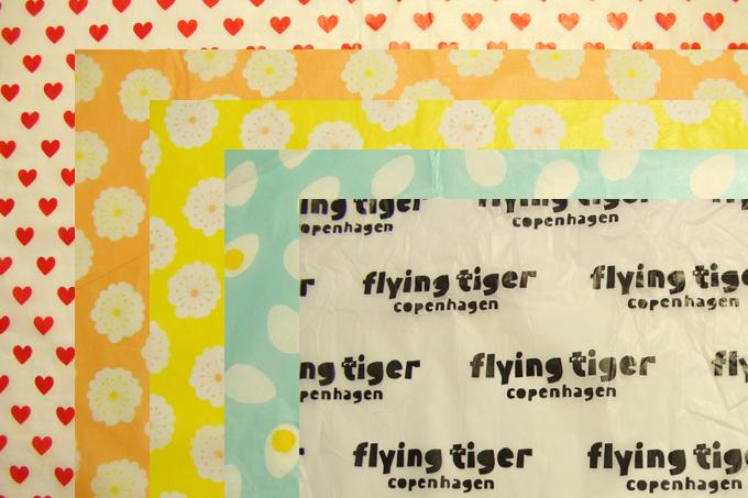 Flying Tiger(フライング・タイガー) 包み紙