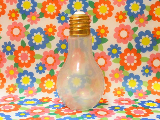 電球瓶*ミカヅキモモコ