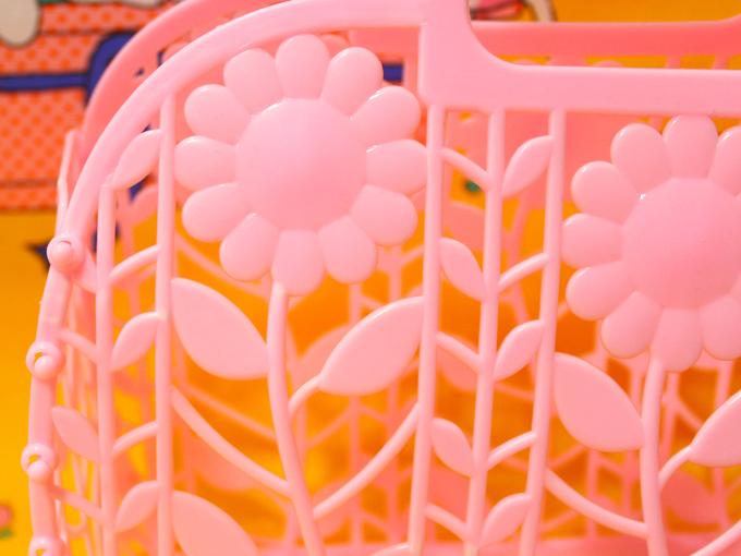 お花 レトロフラワー プラスチックカゴ