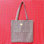 デイジーの刺繍が可愛いトートバッグ [ ミカヅキモモコ ]