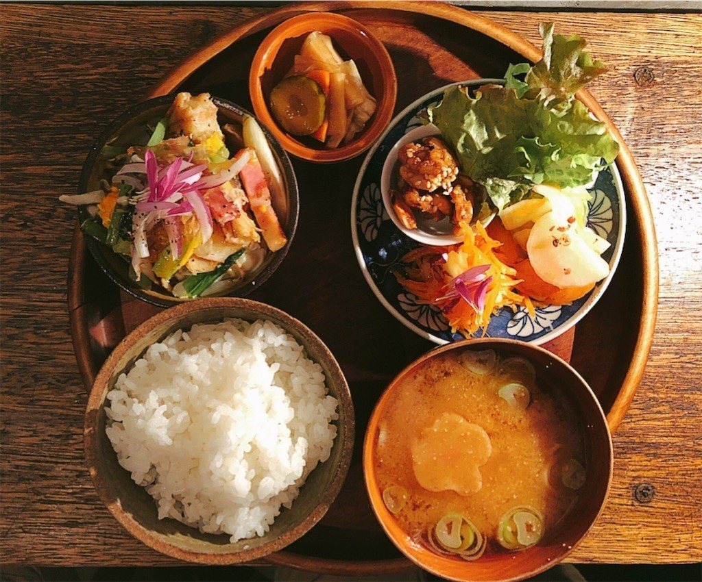 和カフェの定食