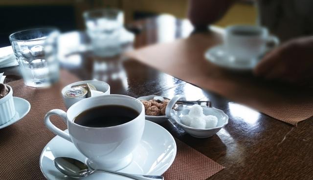 研究の合間にコーヒー