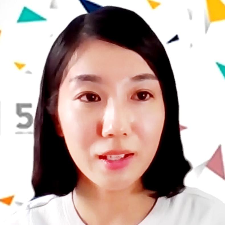 コンプライアンス推進部 法務グループ マネジャー 鳩野 恵子