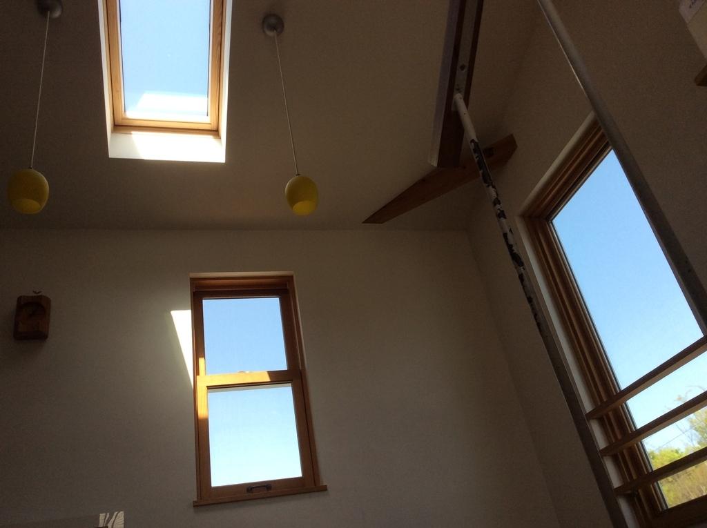 天窓のおかげで明るい室内