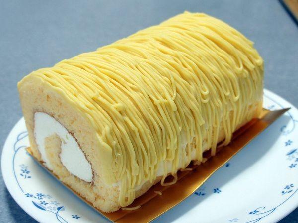 黄金のモンブランロール(ロリアン洋菓子店)(2020/06/20)
