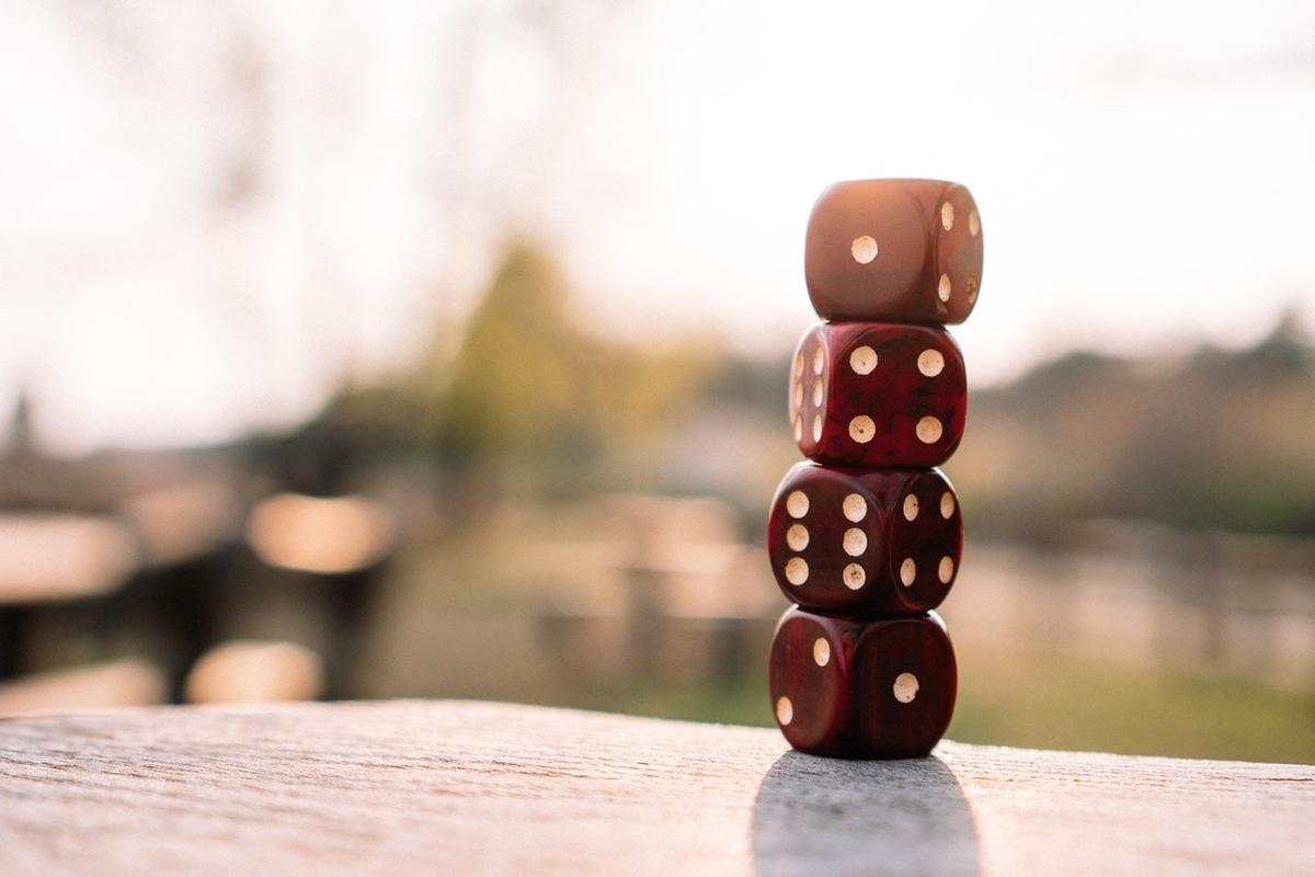 決算ギャンブル 含み損100万 カーサ 不動産 家賃保証