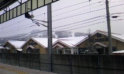 雪降ってる in 軽井沢