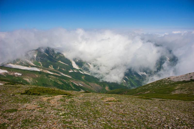 稜線からの風景