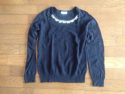 黒いセーター