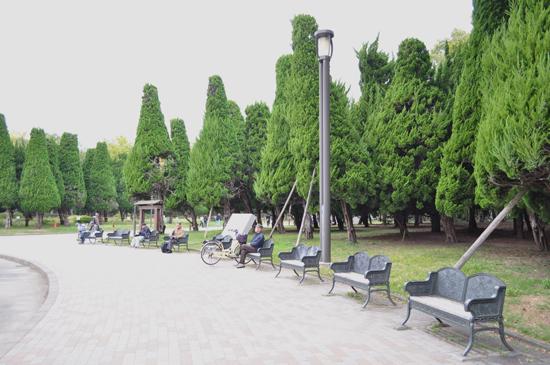 大阪城公園のベンチ