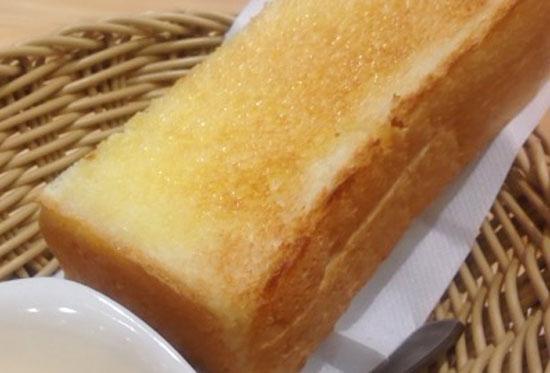 コメダ珈琲のモーニング トースト