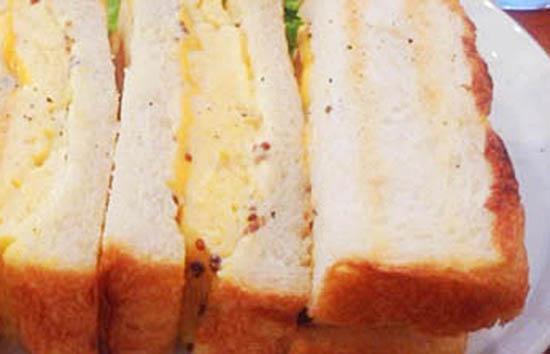 トースト卵サンド