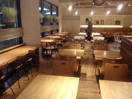 大阪梅田 ベシャメルカフェ