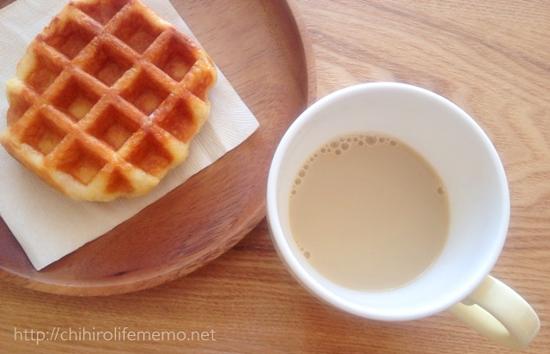 コーヒーとベルギーワッフル
