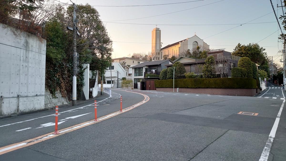 多摩川駅周辺とカトリック田園調布教会