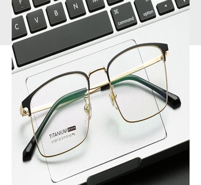 ウェリントン芸能人眼鏡メガネおしゃれスクエア