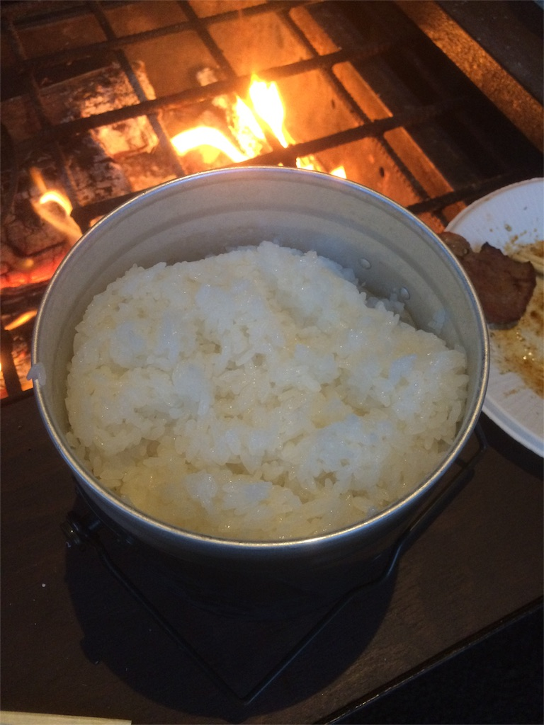 世附川ロッジ BBQ飯盒でご飯