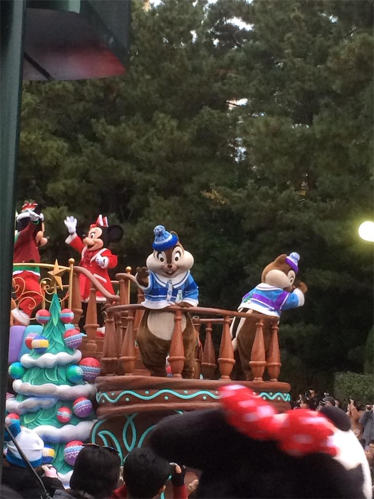 2016年ディズニークリスマス パレード ミッキー・チプデ