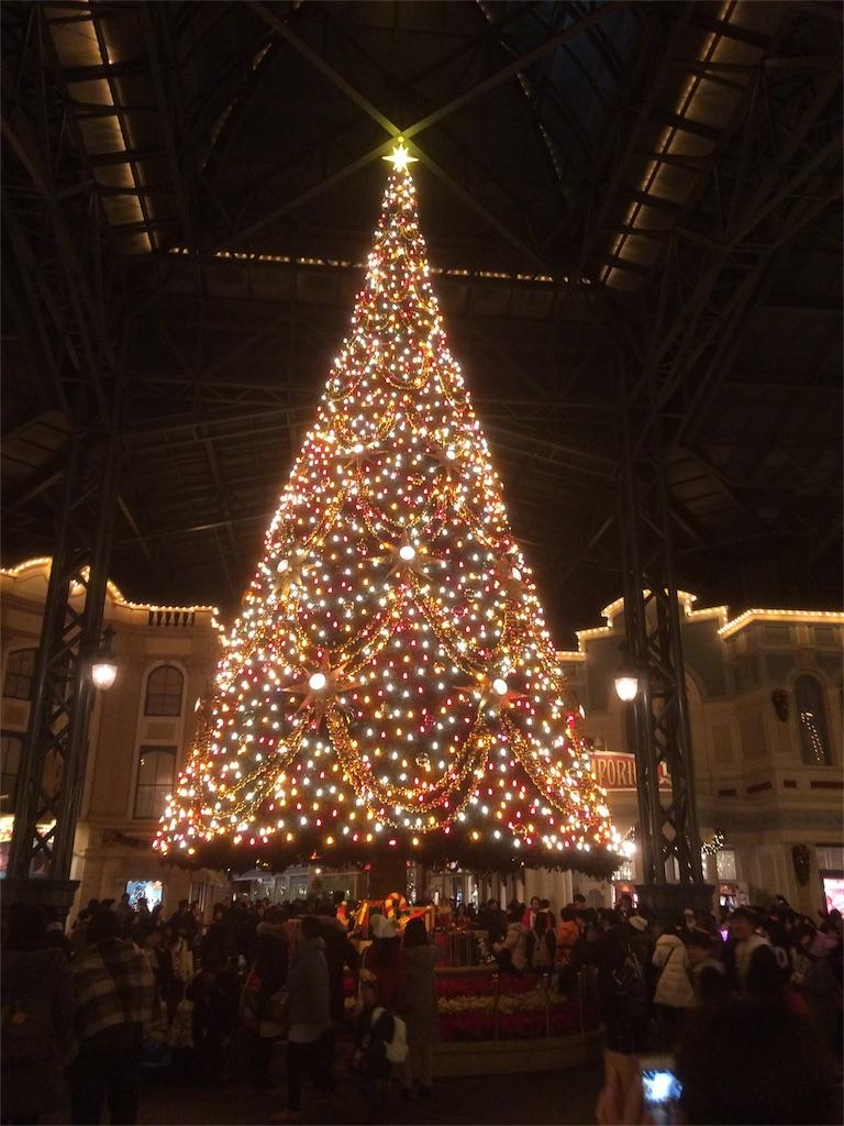 ディズニークリスマス クリスマスツリー イルミネーション