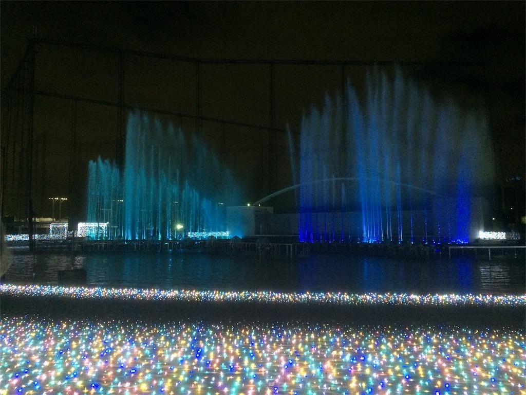 f:id:chip_dale165:よみうりランド イルミネーション プールWAI 噴水ショー6