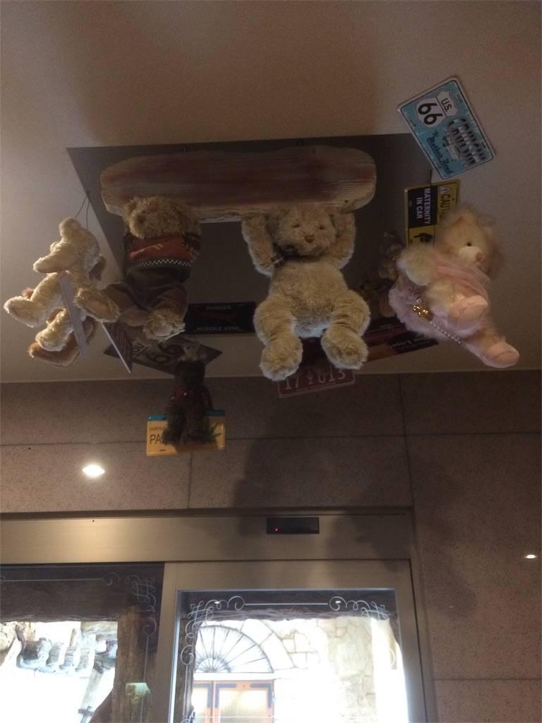 伊香保 おもちゃと人形 自動車博物館 ぶら下がるクマ