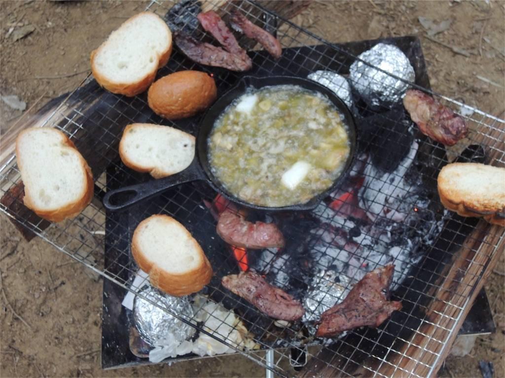 フォンテーヌの森 キャンプ BBQ アヒージョ