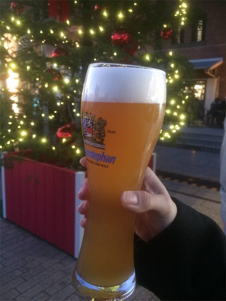 横浜 みなとみらい 赤レンガ ドイツ 白ビール