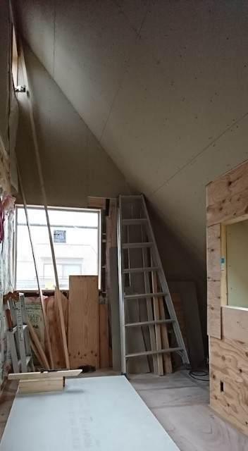 勾配天井と子供部屋