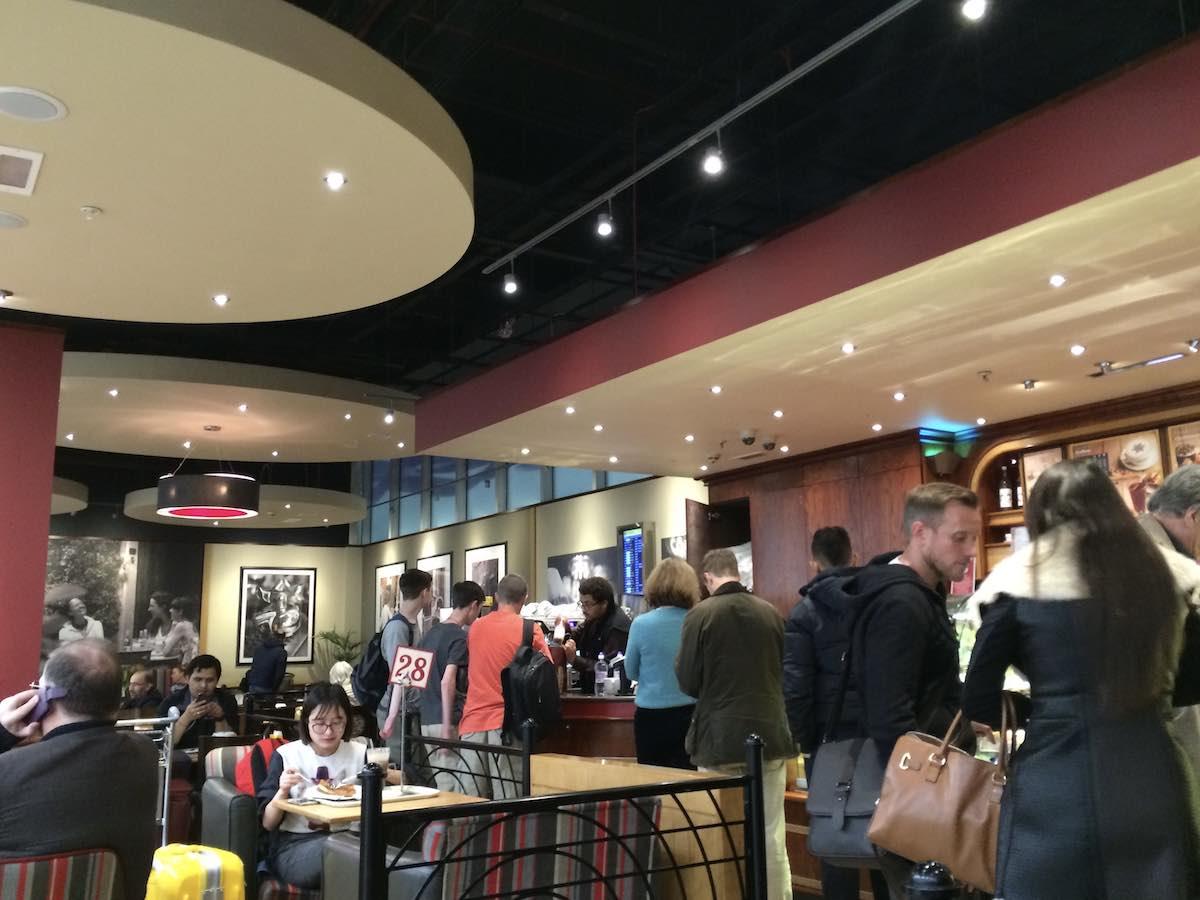 ヒースロー空港のカフェ「Costa」@ ロンドン