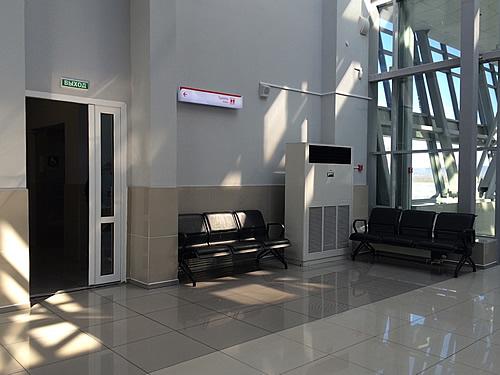 『アエロエクスプレス』でウラジオストク駅から空港へ到着!