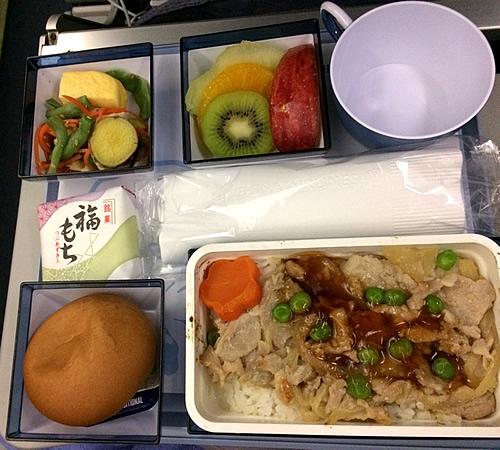 チャイナエアライン(中華航空)を使って、まずは台北へ