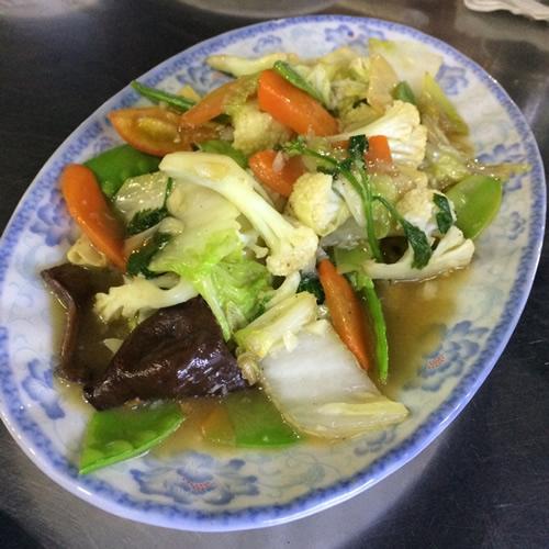 ヤンゴンのチャイナタウンでディナー「Shwe Mingalar Restaurant」