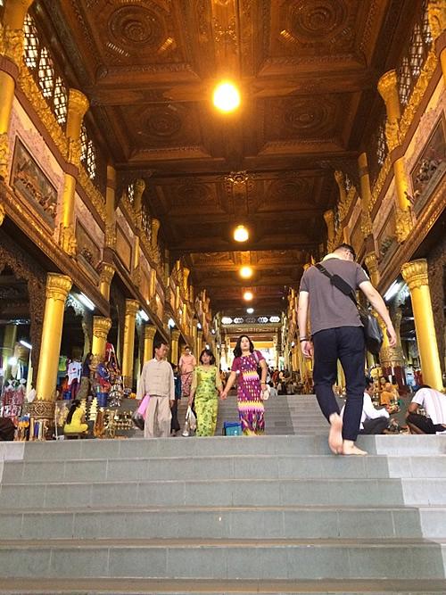 ヤンゴンで一番のパゴダ「シュエダゴンパゴダ」vol.1