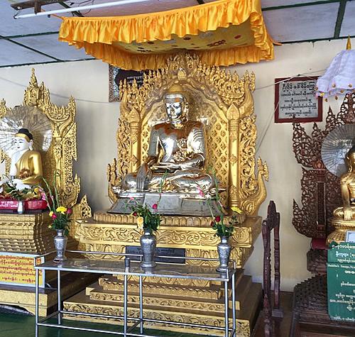 金銀財宝の寺院「ボタタング・パゴダ(Botahtaung Pagoda)」