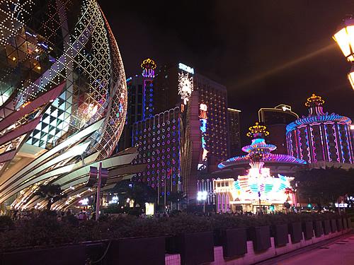 澳門(マカオ)のキラキラな夜景を楽しむ!