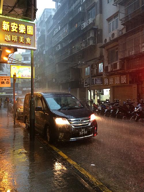 澳門の大雨は東南アジアのスコールと一緒!?