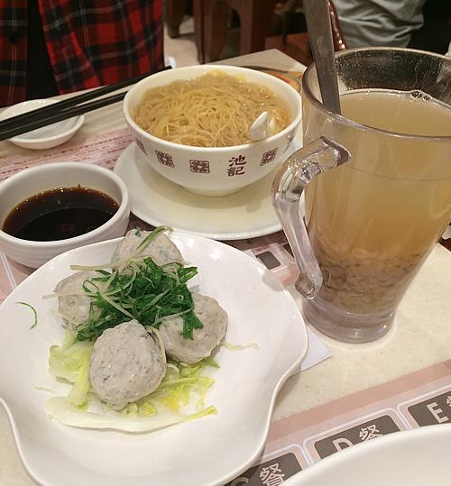 「池記(チケイ)」で蝦子撈麵という麺料理を食べてみた