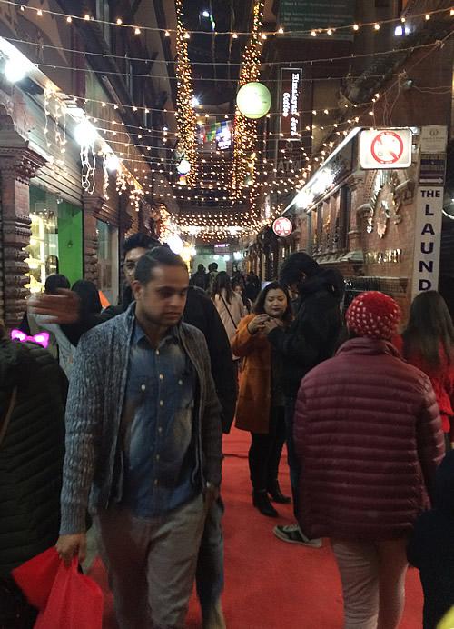 カトマンズ・タメル地区での年越しCountDown!@ カトマンズ ネパール