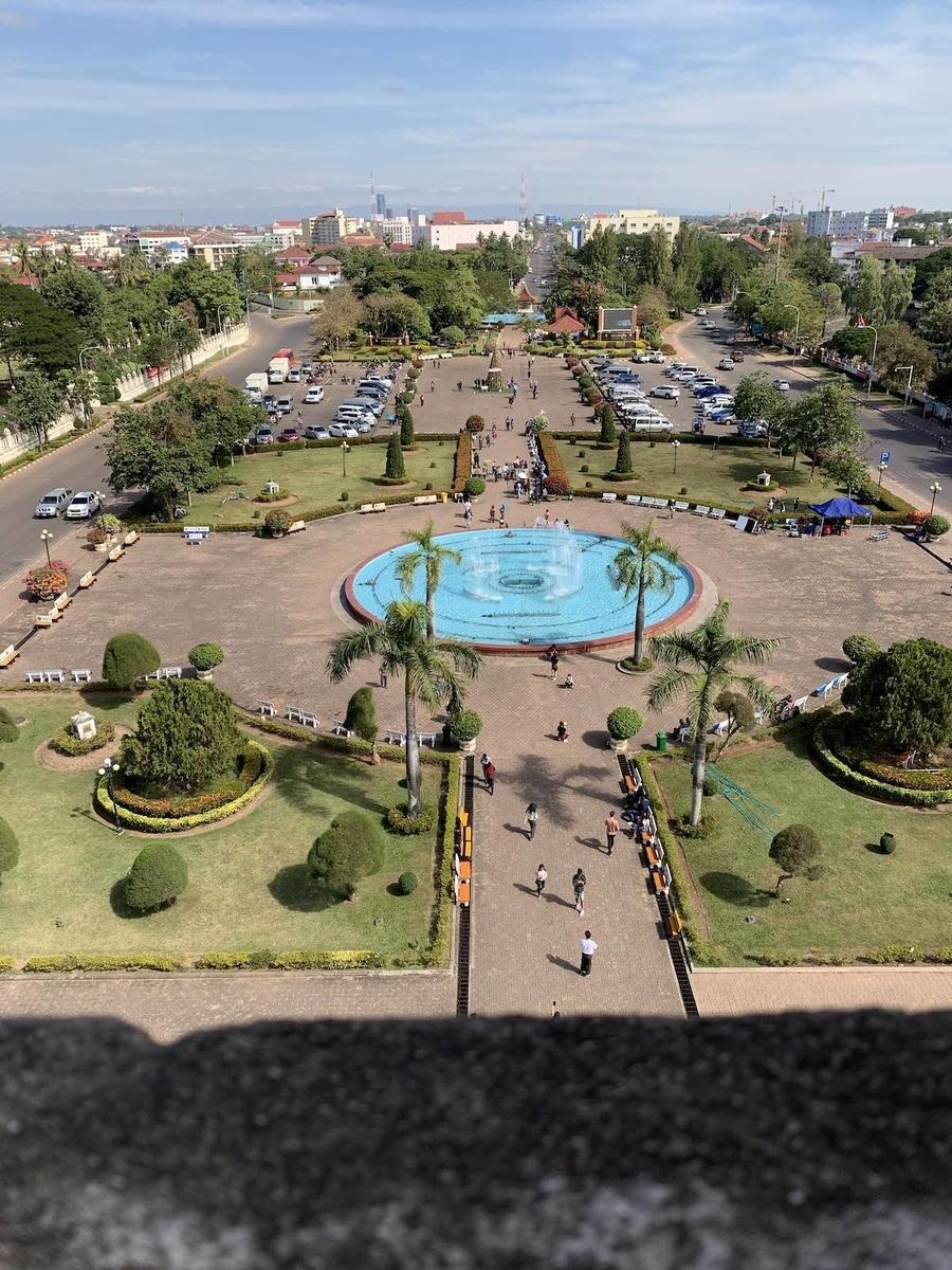 ラオスの凱旋門からの眺め