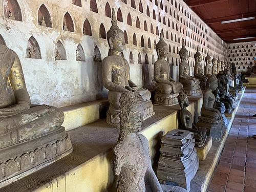 7,000体以上の仏像が安置される ワット・シーサケット @ ヴィエンチャント