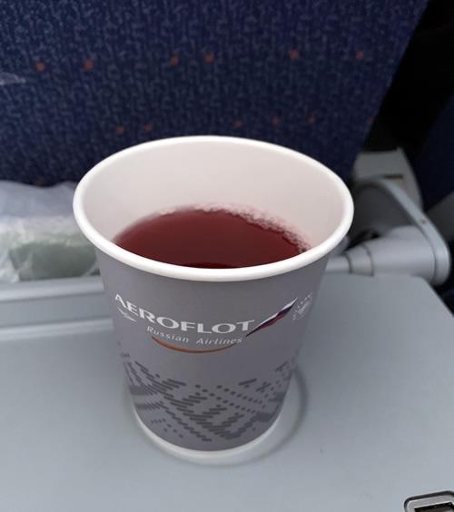 エアロフロートの中で飲めるドリンクの一つはモスル