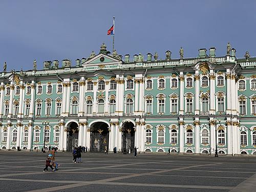 宮殿広場とエルミタージュ美術館 @ サンクトペテルブルク