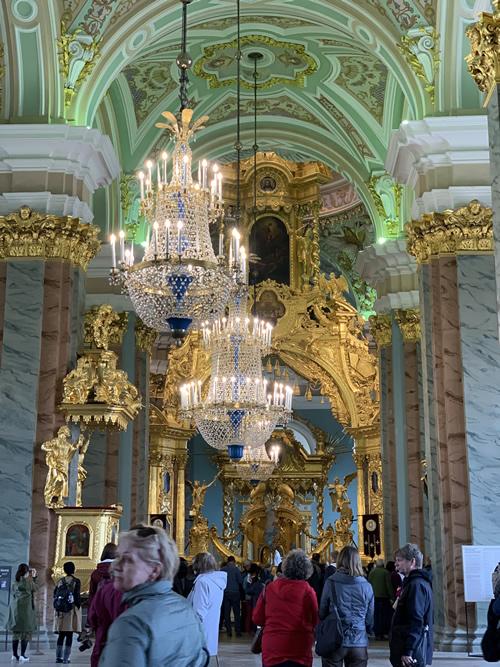 要塞の中の素晴らしい教会 ペトロバヴロフスク聖堂 @ サンクトペテルブルク