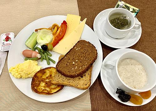 サンクトペテルブルク Mホテルの朝食