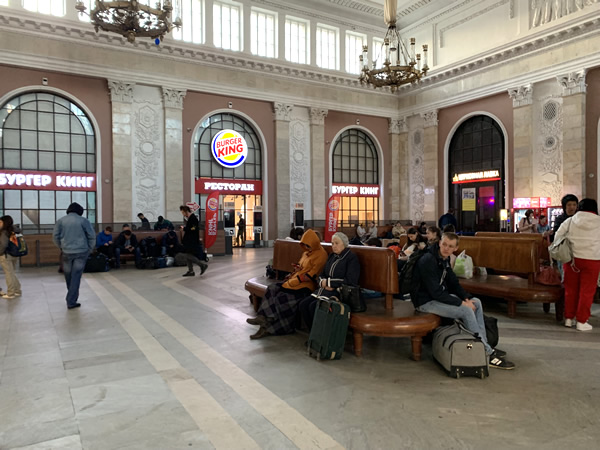 サンクトペテルブルクなのに「モスクワ駅」??