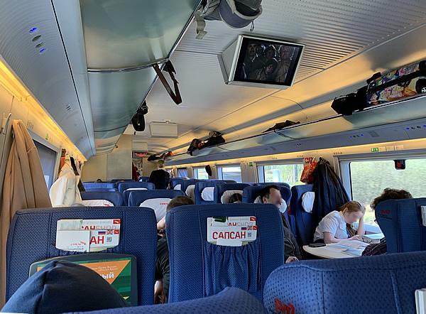 写真:サプサン号の座席