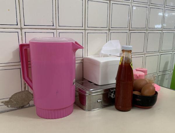 朝ごはんは川沿いのSeri Indah Restaurantで @ ブルネイ