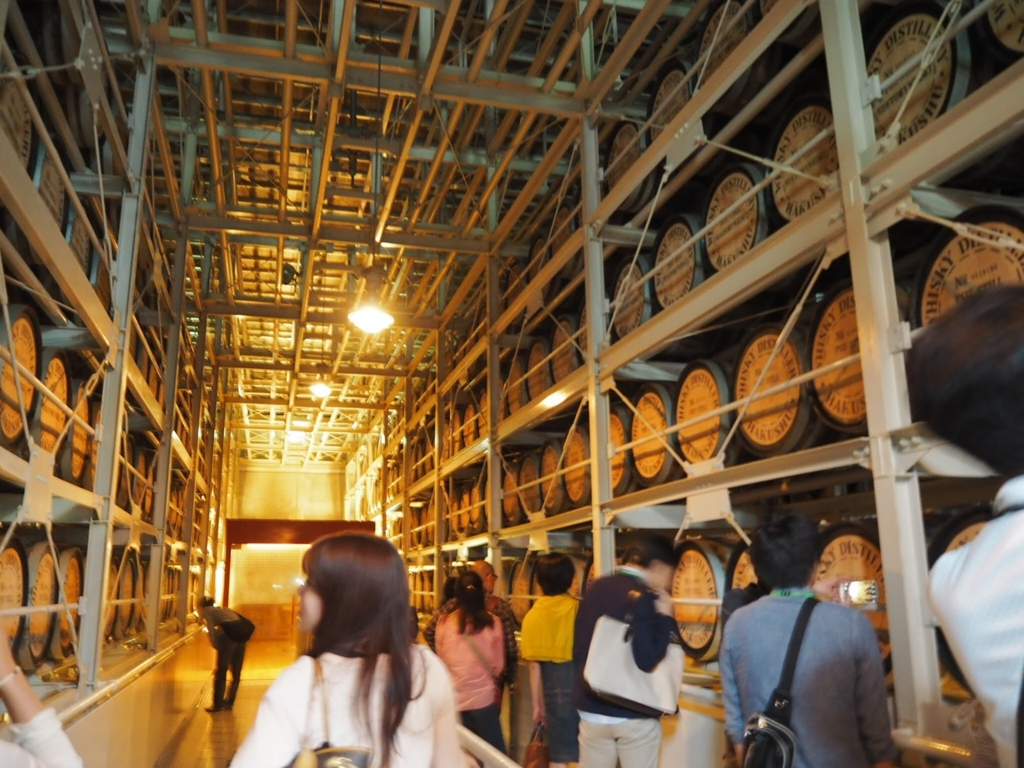 白州蒸留所の貯蔵庫